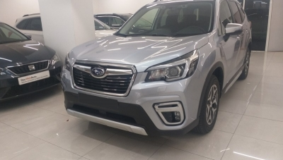 Subaru FORESTER 2.0 hybrid EXECUTIVE Ice Silver Metallic